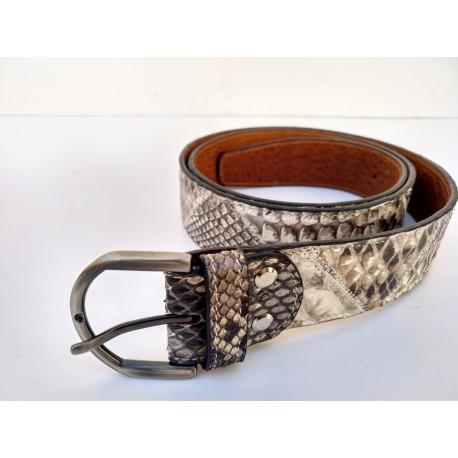 Cinturón de piel de serpiente