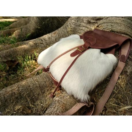 Mochila modelo zurrón de piel de cabra